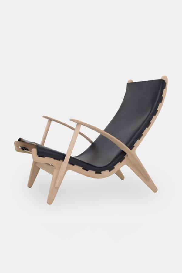 Dansk designerstol, Kongestolen, sort læder og træ