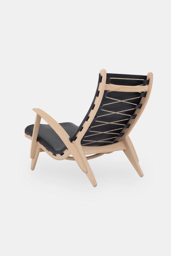 Poul Volther loungechair, egetræsstol med sort læder