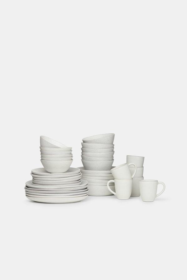 Stoneware-set-for-six-white